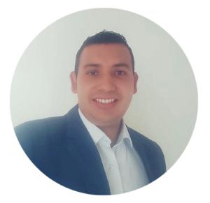 Jair Burgos colabora como asistente administrativo del proyecto de CAPAZ de acompañamiento al proceso de justicia transicional y defensa de los derechos humanos en Colombia.
